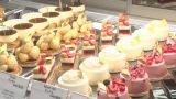 2月24日放送、NHK・BSプレミアム『スイーツ マジック』上霜考二シェフのケーキ(C)NHK