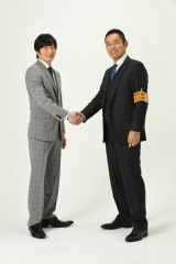 内藤剛志(右)主演『警視庁・捜査一課長』シーズン2が4月スタート。田中圭(左)が新加入(C)テレビ朝日
