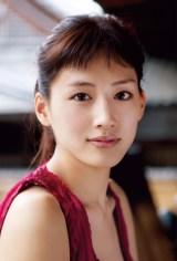 『第3回 カバーガール大賞』30代部門を受賞した綾瀬はるか