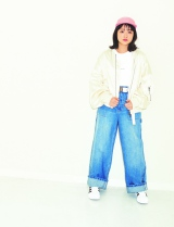 春のカラフルスタイルを披露した大原櫻子=『mini』4月号(宝島社)
