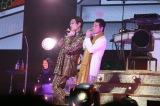 武道館ライブ『PPAPPT』で五木ひろしとコラボしたピコ太郎