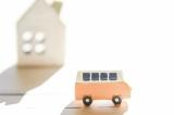 離れて暮らす親を見守る補償とは? 自動車保険の活用法を紹介する