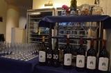 たくさんのワインが並ぶテーブル (C)oricon ME inc.
