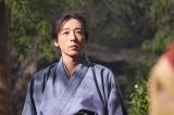 大河ドラマ『おんな城主 直虎』第10回「走れ竜宮小僧」より。小野政次役の高橋一生(C)NHK