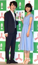 『三ツ矢サイダー』新CM発表会に出席した(左から)神木隆之介、芳根京子 (C)ORICON NewS inc.