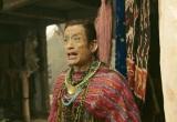 NHK大河ファンタジー『精霊の守り人 悲しき破壊神』第8回より。チャグムが訪れる衣装店の主(クリス松村)(C)NHK