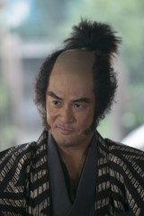 NHK大河ドラマ『おんな主城 直虎』で近藤康用を演じる橋本じゅん(C)NHK
