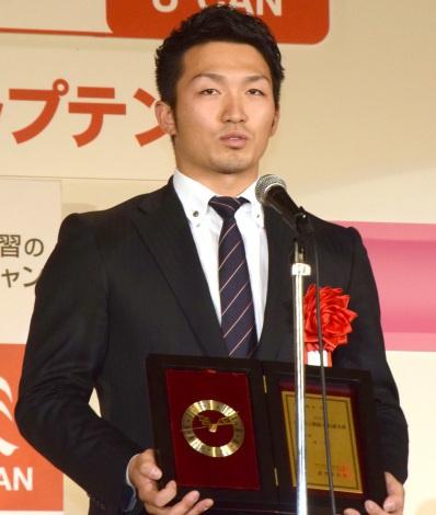 「神ってる」で2016流行語大賞を受賞したプロ野球・広島カープの鈴木誠也選手 (C)ORICON NewS inc.