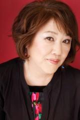 ゲストアーティストとして出演する小坂明子