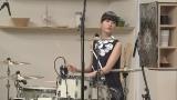 歌うドラマー、シシド・カフカがNHK大阪放送局制作の『どらむでクッキング♪』(3月28日放送)に出演(C)NHK