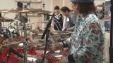 ドラム演奏は料理の上達に役立つのか?(C)NHK