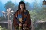 大河ドラマ『おんな城主 直虎』第12回より。井伊直虎、ついに登場(C)NHK