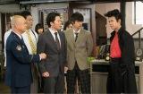 日本テレビ系連続ドラマ『THE LAST COP/ラストコップ』(毎週土曜 後9:00)第5話では京極はは(唐沢寿明)らが高校に潜入調査 (C)日本テレビ