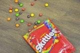アメリカで人気のソフトキャンディーのお菓子「Skittles」 (C)oricon ME inc.