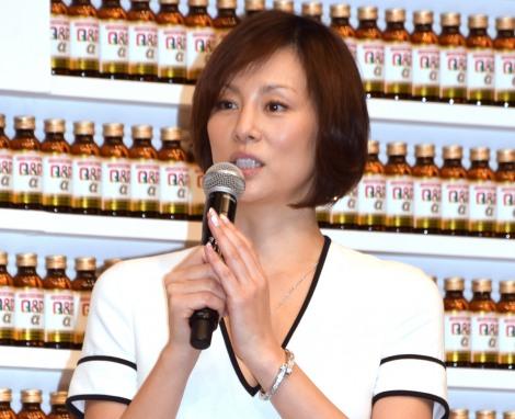 『キューピーコーワ』の新商品発表会に出席した米倉涼子 (C)ORICON NewS inc.