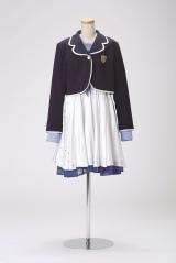 「桜の花びらたち」衣装 (C)AKS/TAKARAJIMASHA