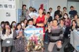『ファークライ4』新作(1月29日発売)キャンペーンでのRENAとオリコンスタッフ