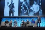 「スター・ウォーズ」40周年を祝い一夜限りの同窓会が実現。エピソード4・5・6に登場したルーク、ハン、ルーカス、イウォーク、3PO、ランド、チューバッカが勢ぞろい