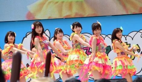 「KawaiianTV presents スペシャルステージ」に出演したNMB48 (C)ORICON NewS inc.