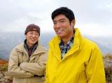 5月5日、BSジャパンで放送『北アルプス 山岳救助隊 紫門一鬼(10) 白馬・唐松岳殺人ルート』より。(左から) 渡瀬恒彦、高嶋政宏