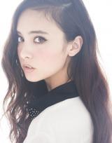 NHK・土曜時代ドラマ『悦ちゃん』(7月15日スタート)に出演する石田ニコル。NHKのドラマは初出演
