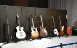 ギターも展示 (C)ORICON NewS inc.