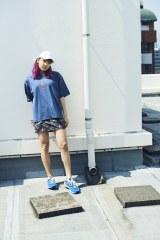 『mini』の表紙を飾ったE-girls/Happinessの須田アンナ(宝島社)