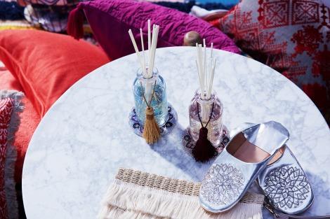 フランフラン2017夏コレクション。オリエンタルなフレグランス(税込価格:各3000円)に、モロッコの伝統的な履物バブーシュ(税込価格:3900円)