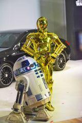 2日に行われたイベントには、サプライズゲストで人気ドロイド「R2-D2」や「C-3PO」が登場 (C)oricon ME inc.