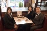 テレビ朝日系ドラマ『緊急取調室』第5話(5月18日放送)に入山杏奈(左)がゲスト出演。天海祐希と小日向文世が聞き込み捜査を受ける(C)テレビ朝日