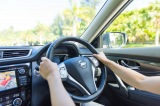 自動車保険料を抑えたい……。保険料を左右する3要素とは?