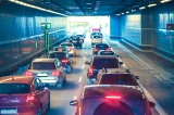 渋滞とはどういう状態を指す?「10キロ渋滞」は通過するまでどのくらい時間がかかる?
