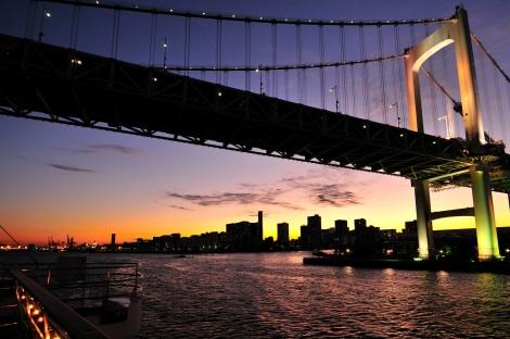 船上で夜景が堪能できる「東京ヴァンテアンクルーズ」