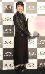 レザージャケットに黒ドレスの大人コーデで登場した高梨沙羅選手 (C)ORICON NewS inc.