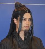 舞台『白蛇伝』のゲネプロ前に行われた囲み取材に出席した伊阪達也 (C)ORICON NewS inc.