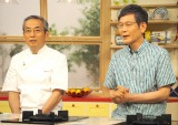 NHKの料理番組『きょうの料理』60周年取材に出席した(左から)後藤繁榮アナウンサー、土井善晴氏 (C)ORICON NewS inc.