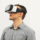 三井住友海上あいおい生命は、VR映像を利用した情報の提供を開始(写真はイメージ)