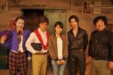 (左から)ムロツヨシ、内村光良、葵わかな、横浜流星、塚地武雅(C)NHK