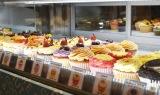 ロンドン発のカップケーキ店を紹介/写真は「Lola's cupcake」六本木ヒルズ店の様子 (C)oricon ME inc.
