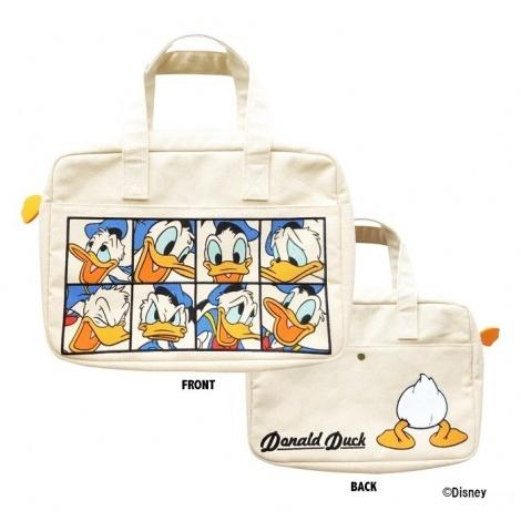 クラッチバッグとしても使える『マルチポーチ』(税抜価格:3200円)(C)Disney