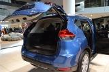 自動運転技術を搭載した新型SUV『X-TRAIL』のハンズフリー機能「リモコンオートバックドア」 (C)oricon ME inc.