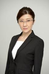 読売テレビ・日本テレビ系連続ドラマ『脳にスマホが埋められた!』に出演する西丸優子 (C)読売テレビ