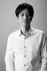 テレビ東京で7月スタート、ショートアニメ『闇芝居』五期、語りを担当する津田寛治