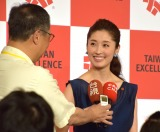 台湾メディアの取材を受ける田中千絵=『2017 TAIWAN EXCELLENCE in Tokyo』記者会見 (C)ORICON NewS inc.