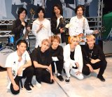 デビューシングル「LEAN ON ME」の発売記念イベントを開催した9人組バンド・BuZZ(前列左から)清水謙太、勇士、KENSUKE、福澤侑、U-SAY(後列左から)TOME、エノマサフミ、motty、三澤平和 (C)ORICON NewS inc.