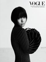 ファッション誌『VOGUE JAPAN』8月号(6月28日発売)に登場する宇多田ヒカル