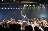 AKB48の愛されキャラ・伊豆田莉奈が海外移籍(C)AKS