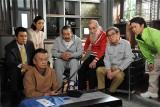 (左から)名高達男、草刈民代、山本圭、藤竜也、ミッキー・カーチス、石坂浩二(C)テレビ朝日