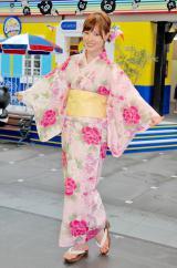 夏イベント『夏サカス 2012〜笑顔の扉〜』を浴衣姿でPRした林みなほアナウンサー (C)ORICON DD inc.