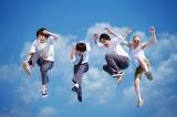 凡下(ぼけ)高校の生徒役を演じる主要キャスト(左から葉山奨之、窪田正孝、間宮祥太朗、今野浩喜)